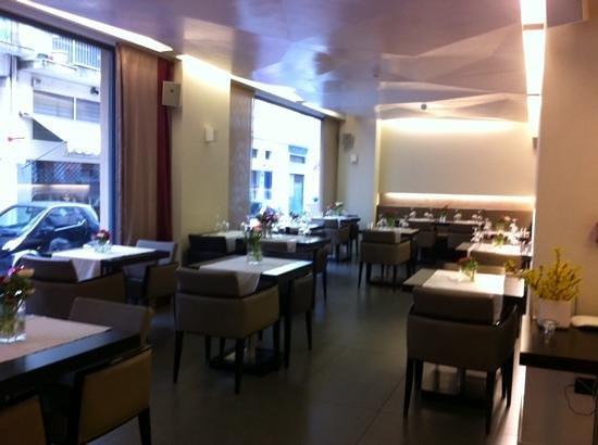 O&B Athens Boutique Hotel: salle du petit dejeuner