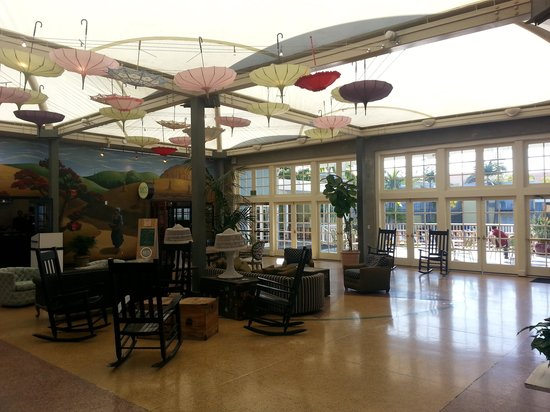 The Lafayette Hotel, Swim Club & Bungalows: The Conservatory
