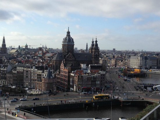 DoubleTree by Hilton Hotel Amsterdam Centraal Station: The view from the Skyounge Terrace