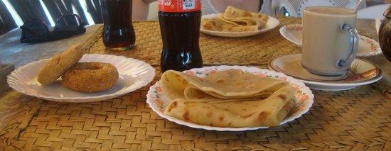SWAHILI cafe: Frühstück