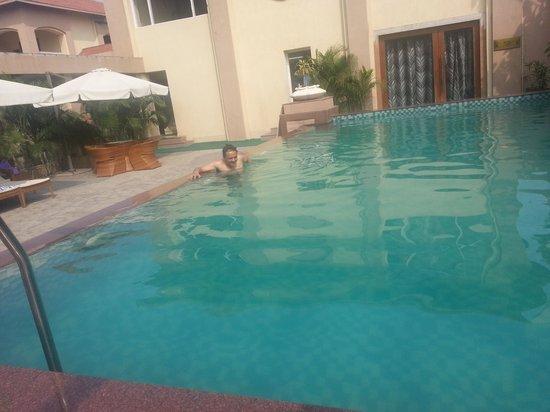 Pramod Convention & Club Resort