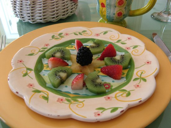Bellavista Bed & Breakfast: Breakfast fruit