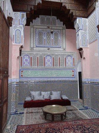 Riad d'Or Hotel: Pièce commune donnat sur 5 chambres