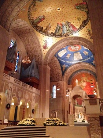 Basilica of the National Shrine of the Immaculate Conception : Alter