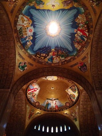 Basilica of the National Shrine of the Immaculate Conception : Gorgeous ceiling!