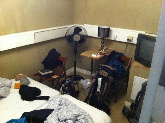 Best Hostel Old Town: Zimmer Nr. 16
