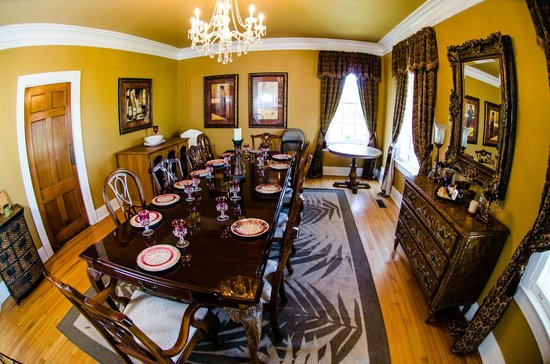 Genesis Healing Center : Dining Room