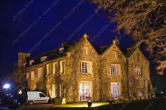 Maunsel House on a cold February evening