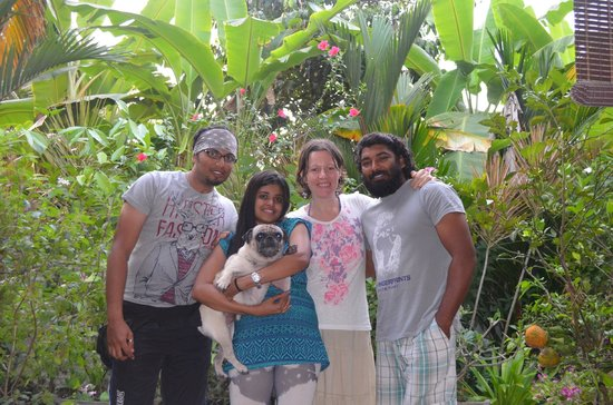 Bella Art & Meditation House: The Guests(Terry and Janu) with the Hosts (Biju, Natasha and Jack).