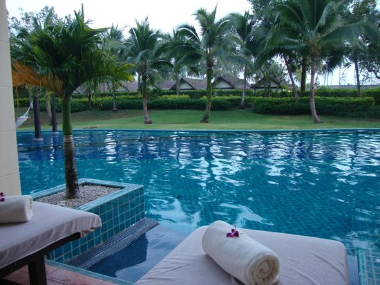 Sofitel Krabi Phokeethra Golf & Spa Resort: The pool front of our terrace