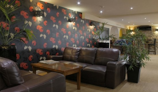 The Crossways: Lounge area