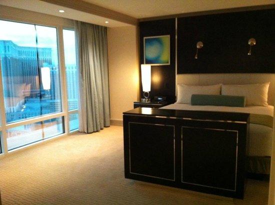 The Mirage Hotel & Casino : gorgrous bedroom