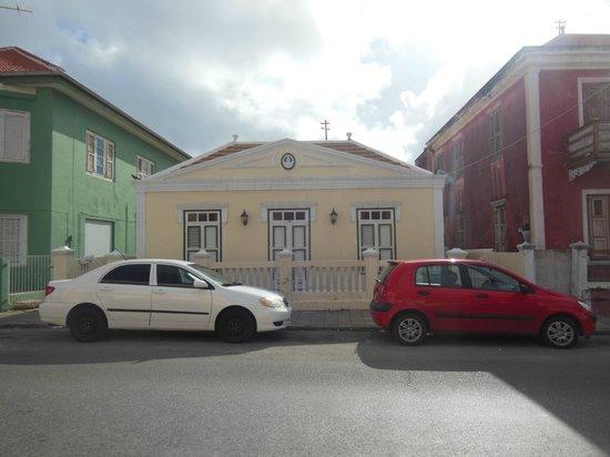 Poppy Hostel Curacao: Außenansicht