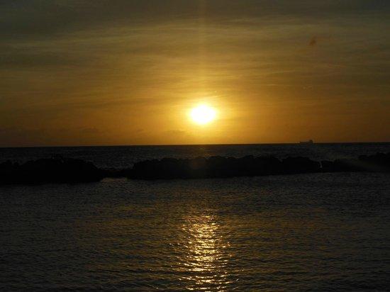 Poppy Hostel Curacao: Sonnenuntergang
