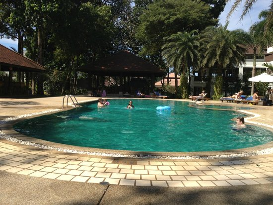 Chang Buri Resort and Spa: Poolen