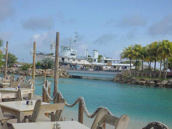 Lions Dive & Beach Resort Curacao: Blick beim Frühstück