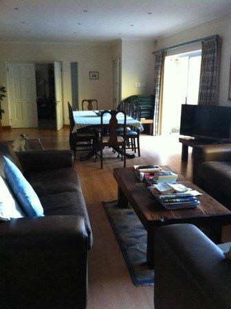Edelweiss Bed & Breakfast: Wohnraum