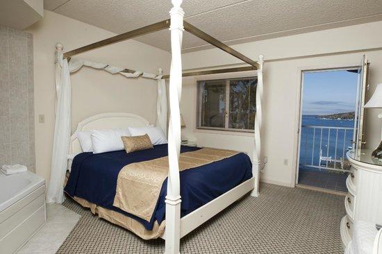 Bella Vista Suites: Penthouse Suite