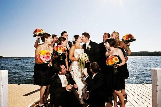 Bella Vista Suites: Wedding on Pier