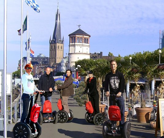 Glider Tours Segway Düesseldorf Private Tours