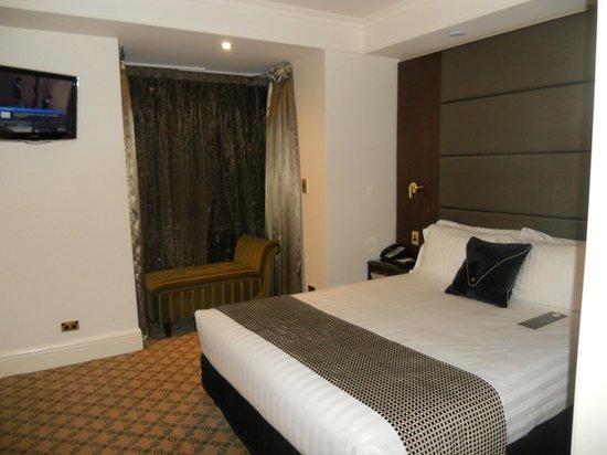 Stamford Plaza Melbourne: Master bedroom