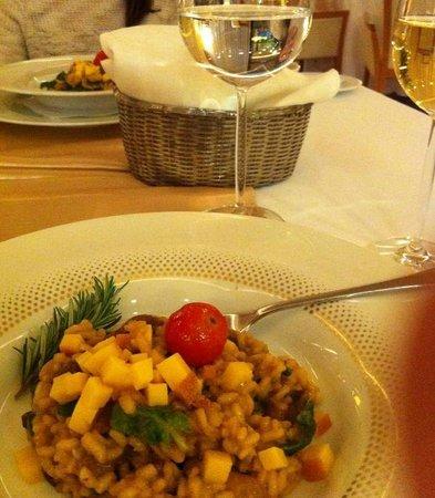 Hotel Antunovic Zagreb: Abendessen im Hotel Antunovic mit sehr bemühtem Personal