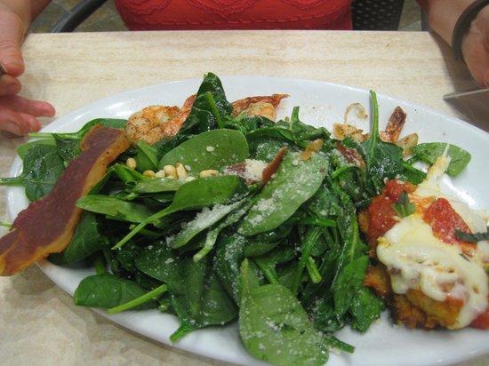 Romano's Macaroni Grill: Spinach Salad