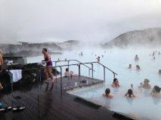 Blue Lagoon Iceland: Entering the pool