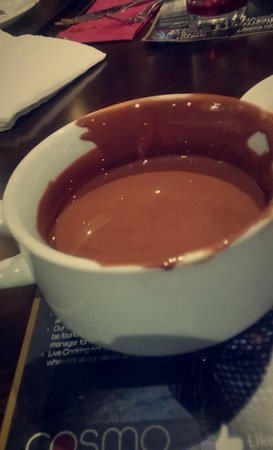 Cosmo Doncaster: Filled soup bowl with chocolate from the fountain.