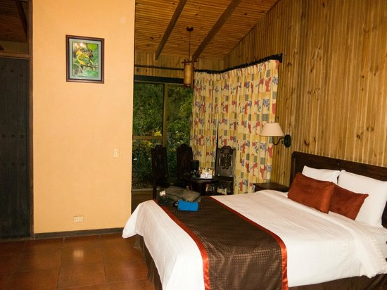 Savegre Hotel, Natural Reserve & Spa : Casita near the main buildling, 2 Q or K beds