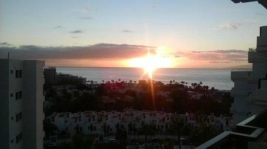Aparthotel Club Bonanza : January Sunset from 811 balcony