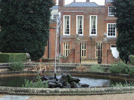 Wotton House Hotel : Hotel garden