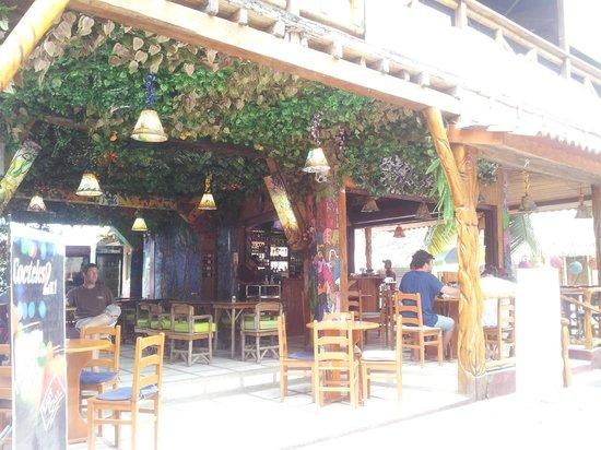 Hotel Montanita: ENTRADA AL HOTEL Y RESTAURANTE
