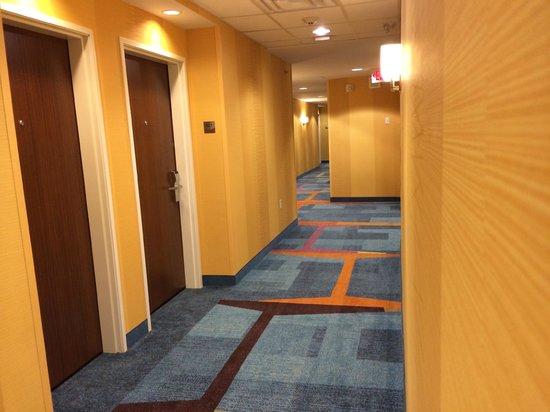 Fairfield Inn & Suites St. Louis West/Wentzville: Hallways
