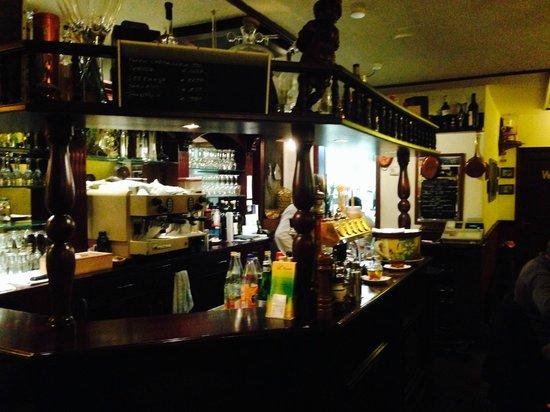L'incontro: L ´incontro Theke und Bar