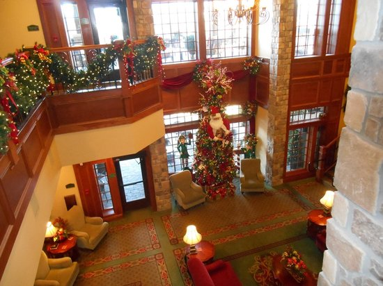 The Inn at Christmas Place: Part of  the grand lobby from the 2nd floor hall.