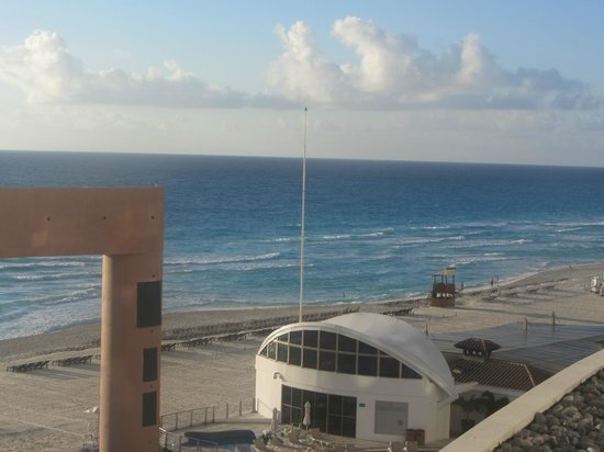 Beach Palace: Our view