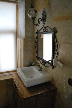 Castle Inn: Kale banyosu