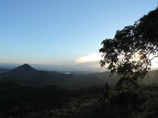 Purwakarta, Indonesia: @ badega gunung parang