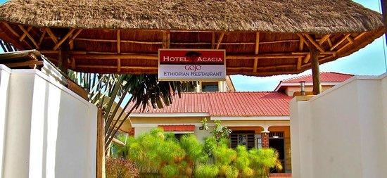 Hotel Acacia: Entrance