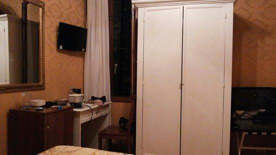 Hotel Alle Guglie: Bedroom
