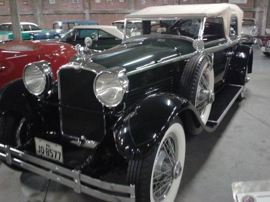 Museo del Automovil Coleccion Nicolini: Stutz
