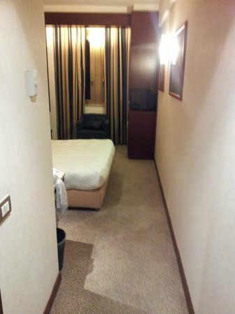 NH Roma Leonardo da Vinci : room