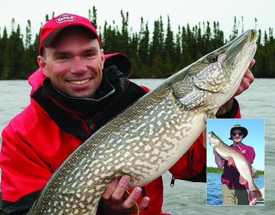 Kesagami Wilderness Lodge: Lonnie King with a nice ice-out trophy pike