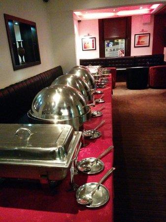 Viraaj Restaurant: Buffet galore