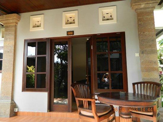 Puri Sading Hotel: view bungalow
