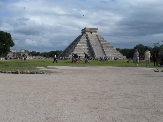 Chichen Itza: main pyramid