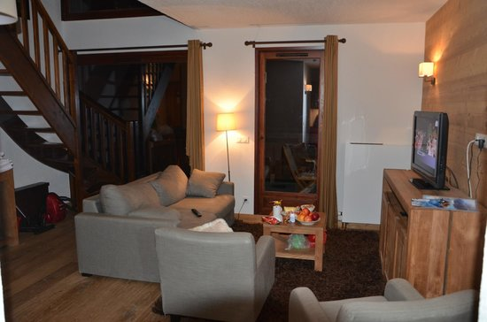 Dormio Resort Les Portes du Mont Blanc : 1 этаж холл