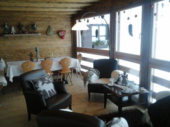 Hotel Uhrerhof-Deur : zona relax e visione innevata