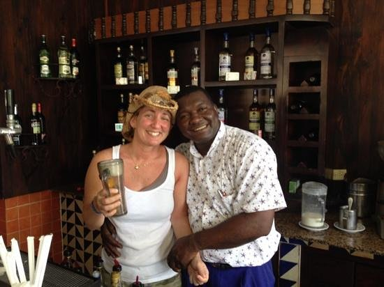 Iberostar Costa Dorada: best bar at the resort!